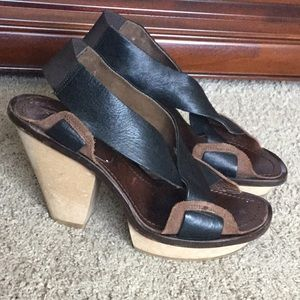 Marni Leather Platform Cross strap Sandals 8.5